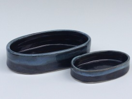 olive/pit dishes