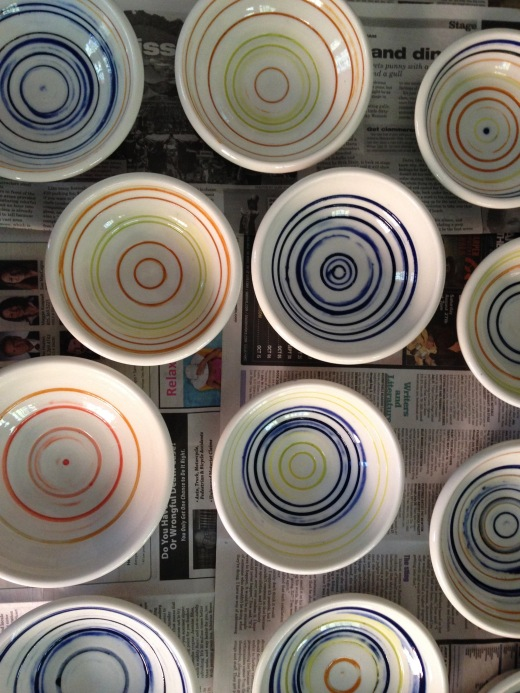 small porcelain bowls with inlaid colored slips